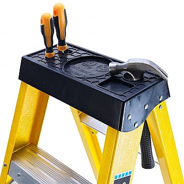 Heavy-Duty Swingback Step Ladder